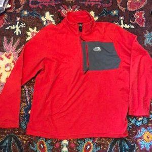 North Face men's fleece half zip